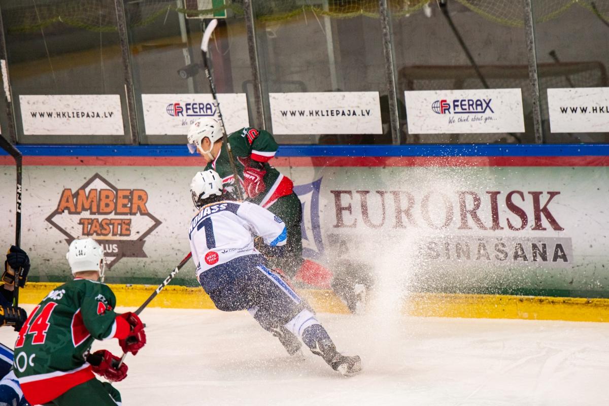 HK Liepāja spēle pret HS Rīga